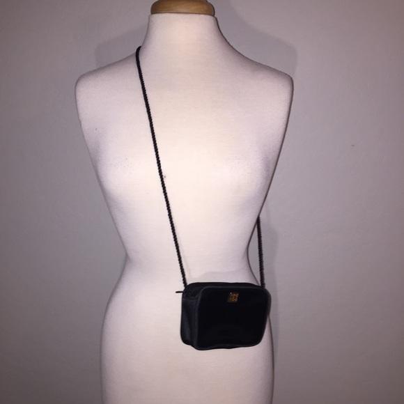 Givenchy Handbags - Givenchy women s purse fd1362212d43d
